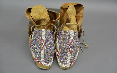 Antique 1900's plains Indians beaded buffalo foot mocassins for sale
