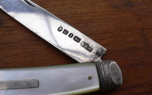 19th Century Sterling silver hallmarked pocket or fruit knife mother of pearl handle for sale