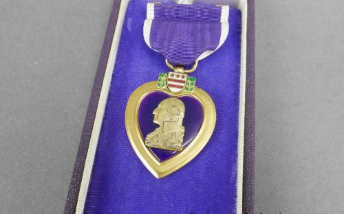 Early WWII Type 1 un named USMC U.S. Navy purple heart medal. Plain paper box, split brooch for sale