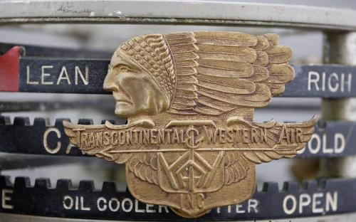 Pre TWA type 1 30's Transcontinental & Western air transport airlines pilots cap badge